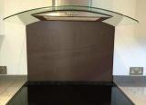 stiklo-sienele-ral-8017